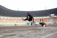 Lompat Jauh Pengertian, Teknik, dan Peraturan Lengkap